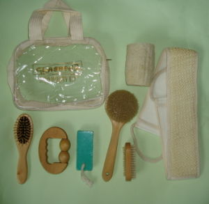 Promotion Gift Travel Bath Set with PVC Bag (JMHF-43) pictures & photos
