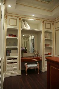 Welbom 2015 New Traditional Royal Design Walk in Closet pictures & photos