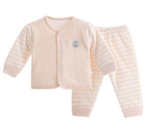 2017 New Fashion Long Sleeve Trousers Warm Suit Babywear pictures & photos