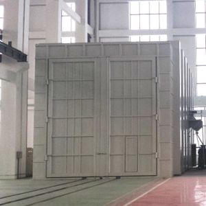 High Quality Large Steel Structures Sand Blasting Room with Automatic Abrasive Recycling System (Q26) pictures & photos