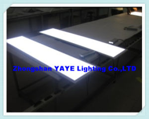 Yaye Good Price 600X1200mm 60W / 68W / 72W LED Panel Light with Warranty 2 Years pictures & photos