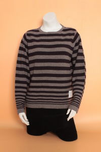 Ladies′ Yak Wool /Cashmere Round Neck Long Seleeve Sweater/Garment/Clothing/Knitwear pictures & photos