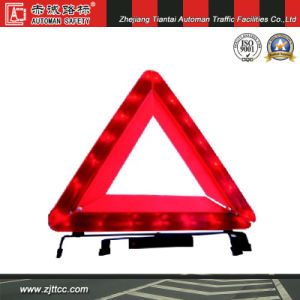 Highly Reflective Car Safety LED Warning Triangle (CC-WT03) pictures & photos