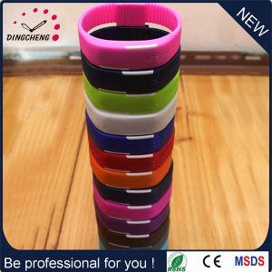 Silicone Wristwatch Bracelet Watches Sport Fashion Watch (DC-1127) pictures & photos