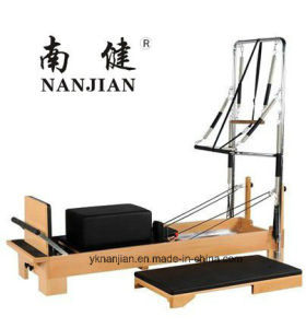 Nanjian High Quality Beech/Maple Wood Pilates Reformer with Half Trapeze pictures & photos