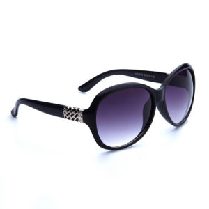 2016 Classic New Coming Plastic Female Sunglasses with Diamonds (KD9528)