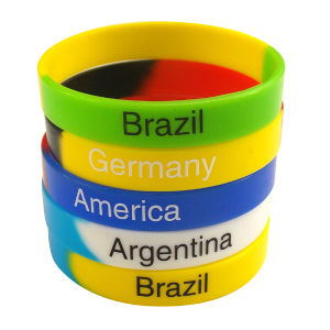 Customzied Logo Printed Color Segmented Silicone Wristbands pictures & photos