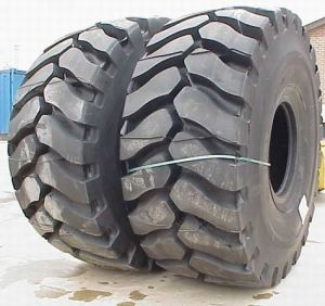 Tires for Komatsu WA600 Wheel Loader pictures & photos