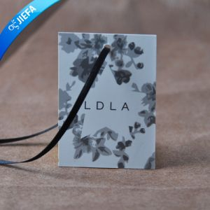 Custom Shape Two PCS Hangtag with String pictures & photos