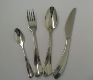 Stainless Steel Tableware Set (JZ040) pictures & photos