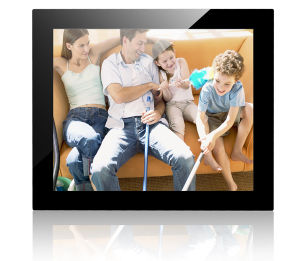 17 Inch Digital Photo Frame pictures & photos