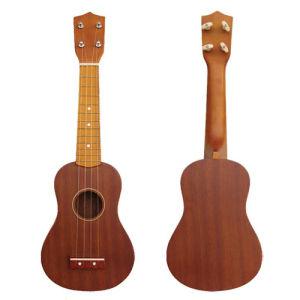 21′ 4- Strings Ukelele (BLG-102)