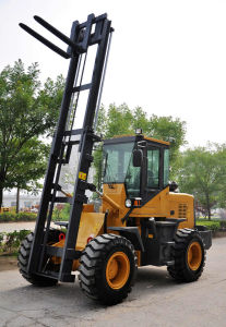 YN625 off- Road Forklift (2.5 Ton Capacity) pictures & photos