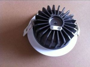 Aluminium Alloy Die Casting for LED Bulb Housing and Parts pictures & photos