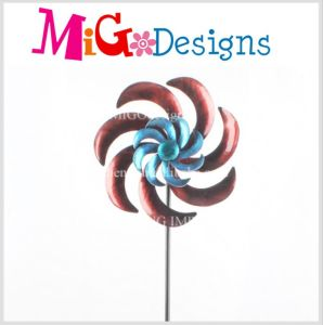 High Quality Metal Flower Design Wind Spinner Garden Stake pictures & photos