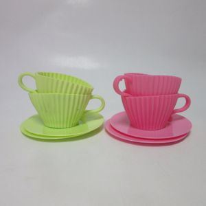 Set of 4 Silicone Backing Colored Teacups Mould & Plastic Saucers pictures & photos