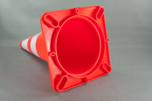 28 Inch Soft PVC Cone (S-1232) pictures & photos