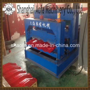 Colored Steel Glazed Tile Making Roll Forming Machine pictures & photos