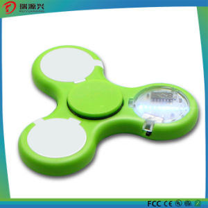 2017 New Model EDC Hot Sell Finger with LED flash Tri Hand Spinner Fidget Spinner pictures & photos