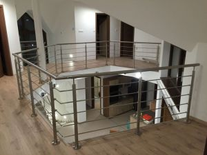 Indoor and Outdoor Baclony Railing Design for Stainless Steel Handrial pictures & photos