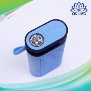 Outdoor Power Bank LED Flashlight Speaker Box for Party Camping Picnics pictures & photos