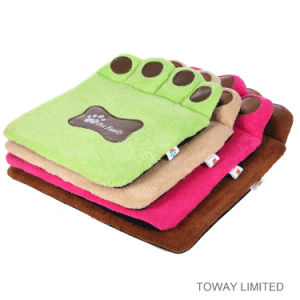 Coral Fleece Paws Pet Pads Beds Washable Dog Cushions pictures & photos