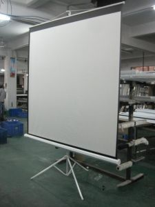 60 Inch Portable & Movable Office Projector Matte White Tripod Projection Screen for T60uwv1 pictures & photos