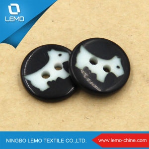 White and Black Custom Shirt Button pictures & photos
