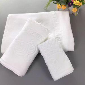 Luxurious Embossed Logo Cotton Velour Hotel Bath Towel Bath Linen pictures & photos