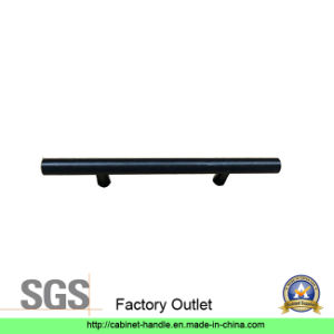 Factory Outlet Steel Furniture Handle Hardware Drawer Kitchen Cabinet Pull Handle (T 236) pictures & photos
