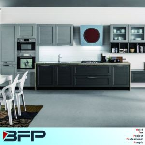Factory Directly Sale Customized Kitchen Cabinet for Project pictures & photos