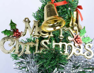 OEM Plastic Alphabet and Letter for Christmas Tree Decoration pictures & photos