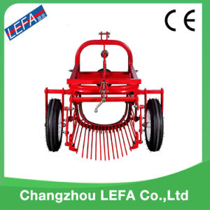 Mini Tractor Harvesting Machine Single-Row Potato Harvester (AP90) pictures & photos