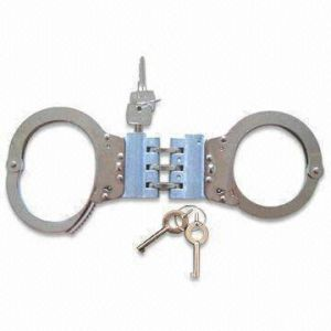 Ythc-21W Carbon Steel Handcuff/Police Handcuffs pictures & photos