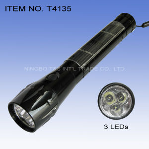 3 Straw LEDs Flashlight (T4135) pictures & photos
