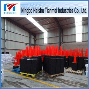 Red PVC Traffic Safety Cone with Black Base, Road Cone pictures & photos
