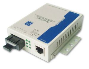 Media Converter (10/100M Ethernet to optic fiber)