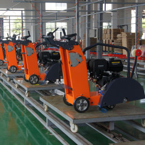 Two Cylinder Concrete Cutter/Floor Saw Powered by Honda Gasoline Engine pictures & photos