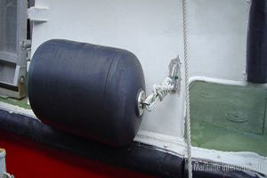 Natural Rubber Fender for Ship Dock (XC. NO. 1021) pictures & photos