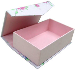 Hot Sale Customized High-Grade Paper Box (YY-P0080) pictures & photos