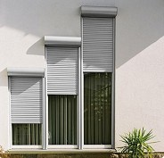 CE Rolling Shutter Window (45mm slats) pictures & photos