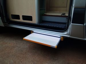 Power Step Power Ladder CE Certificate for Caravan pictures & photos