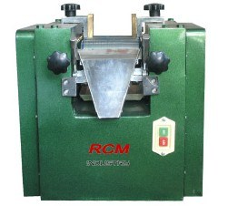 Tri-Roller Mill pictures & photos
