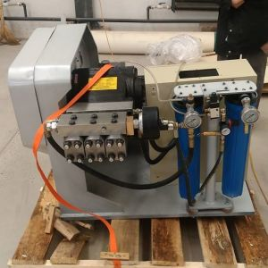 Water Jet Cutting Machine Direct Drive Pump for Inreasing Pressure pictures & photos