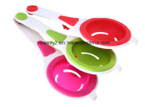Egg Separator Kitchen Silicone Tools pictures & photos