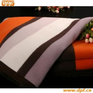 High Quality Wool Blanket (DPF2652) pictures & photos