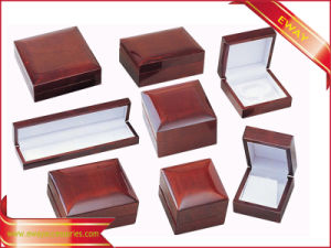 Luxury Red Jewelry Packing Box Wooden Jewelry Set Box pictures & photos