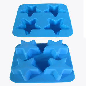 FDA Material Logo Customized Star Shape Silicone Ice Tray pictures & photos