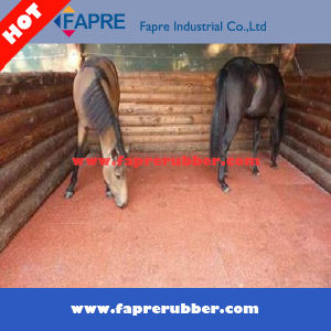 Interlocking Recycle Rubber Tiles for Horse pictures & photos