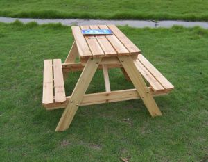 Natural Cedar Outdoor Garden Table Picnic Table Sets for Children pictures & photos